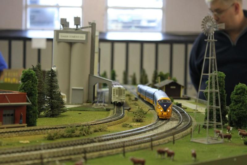Winnipeg Model Train Show October 2010